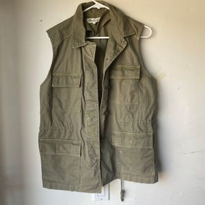 Madewell olive green sleeveless untility vest med